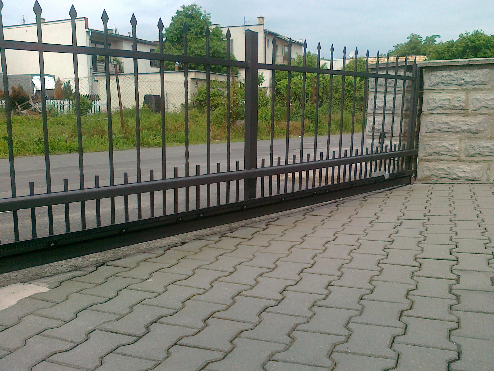 Ukážka posuvnej brány